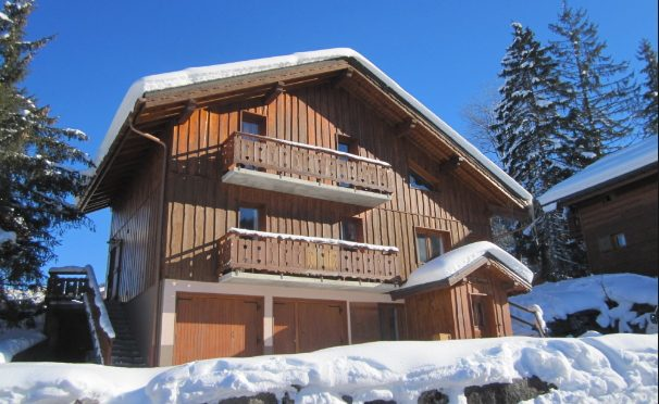 Family Christmas Week in La Tania from Silver Ski